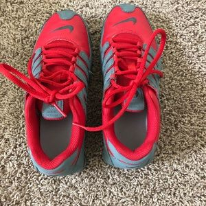 6Y Nike Shox